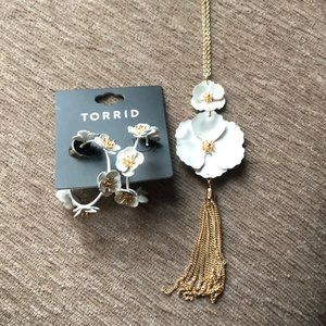 Torrid Floral Matte Pendant and Hoop Earrings